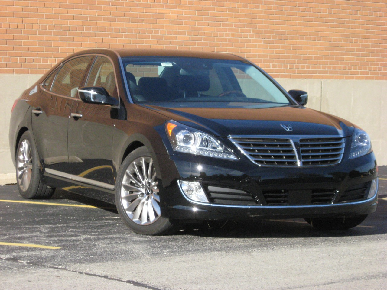 Test Drive: 2014 Hyundai Equus Ultimate | The Daily Drive | Consumer Guide®  The Daily Drive | Consumer Guide®