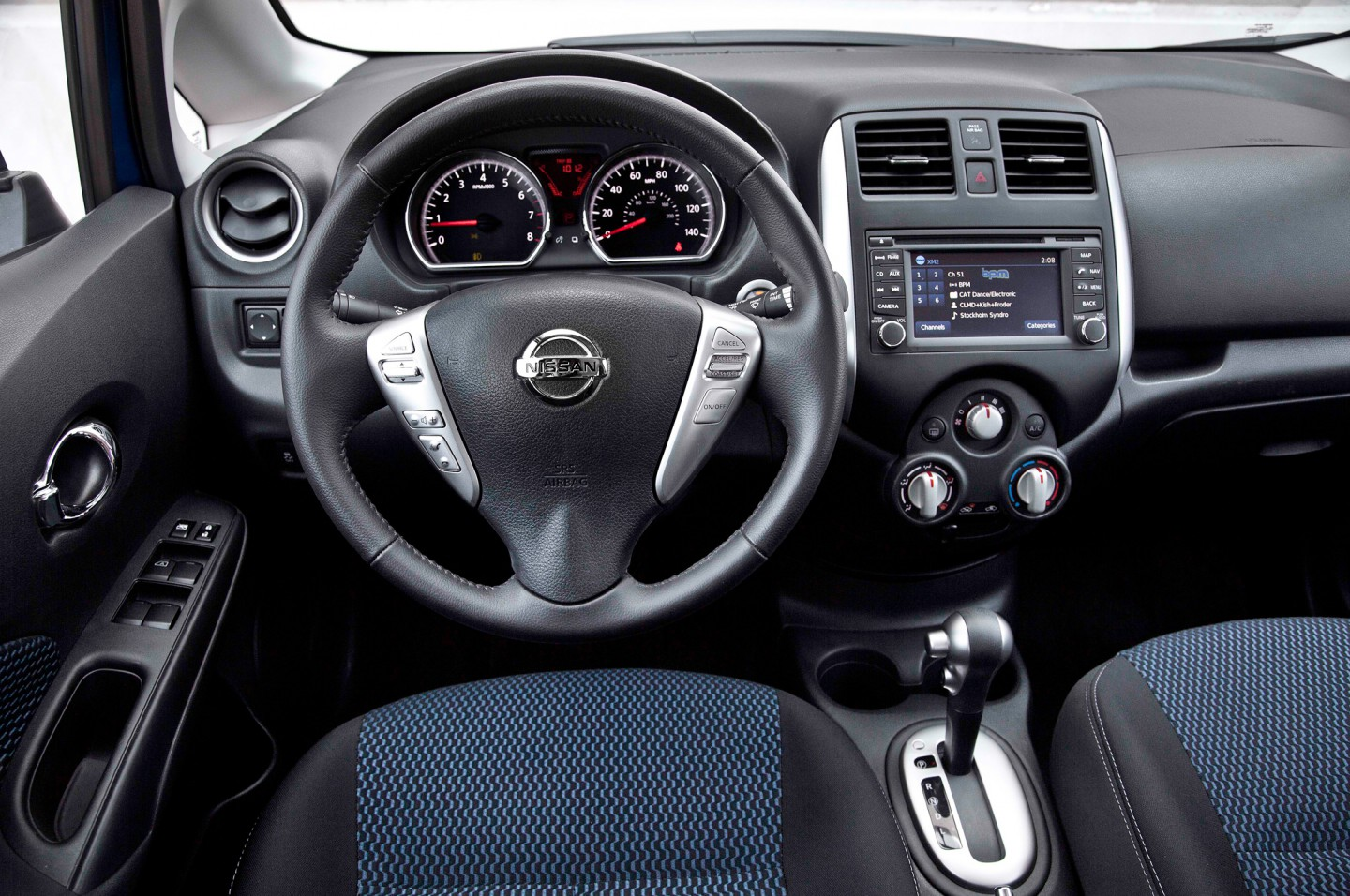 Beautiful Test Drive: 2014 Nissan Versa Note SL | The Daily Drive | Consumer Guide®  The Daily Drive | Consumer Guide®