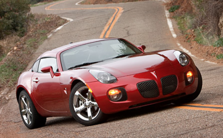 One And Out The 2009 Pontiac Solstice Coupe Daily Drive Consumer Guide