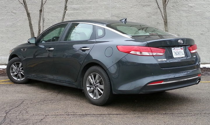 2016 Kia Optima Sx Turbo >> Test Drive: 2016 Kia Optima LX Turbo | The Daily Drive | Consumer Guide® The Daily Drive ...