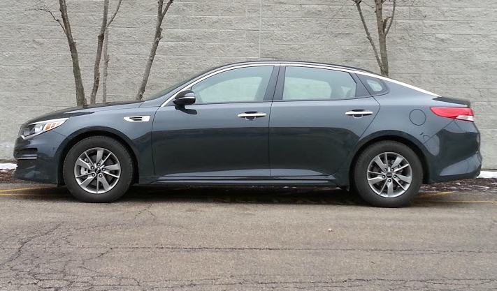 2016 Kia Optima profile