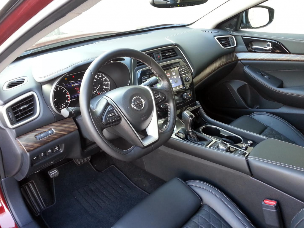 Quick spin 2016 nissan maxima platinum the daily drive 2016 nissan maxima cabin vanachro Images