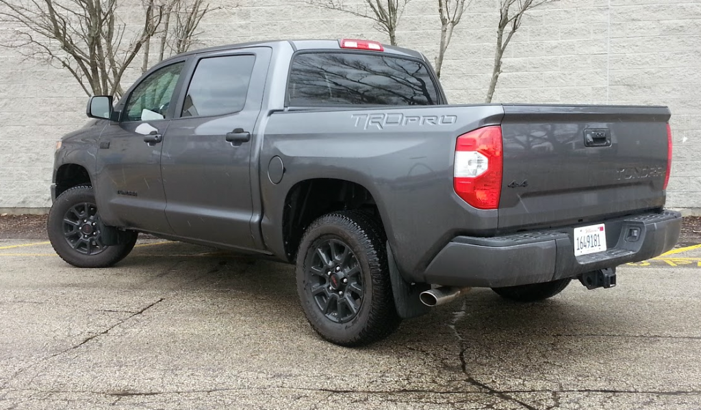 test drive 2016 toyota tundra trd pro the daily drive. Black Bedroom Furniture Sets. Home Design Ideas