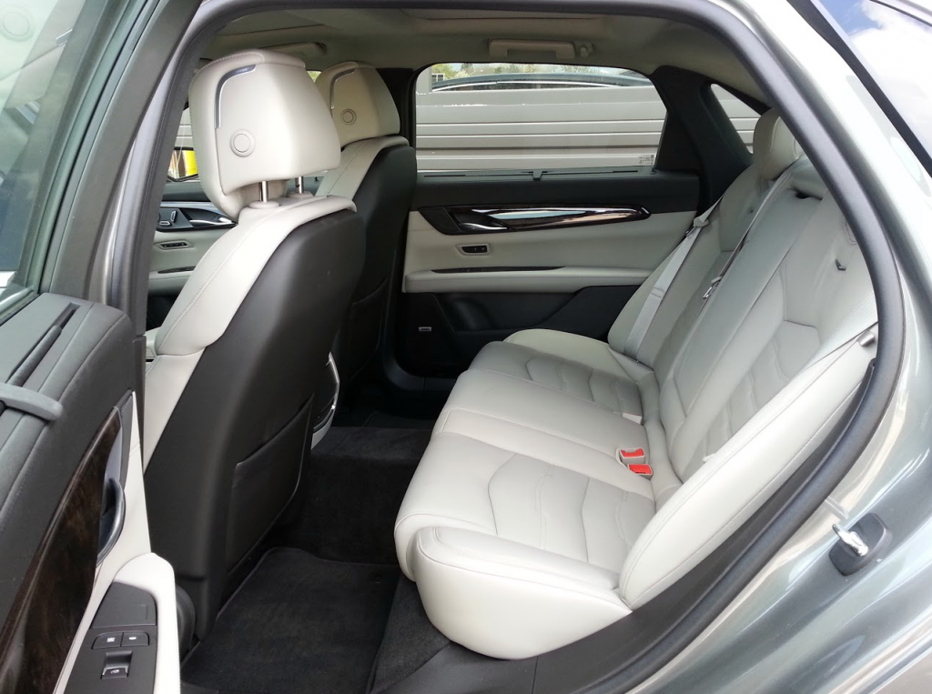 2016 Cadillac CT6 rear seat