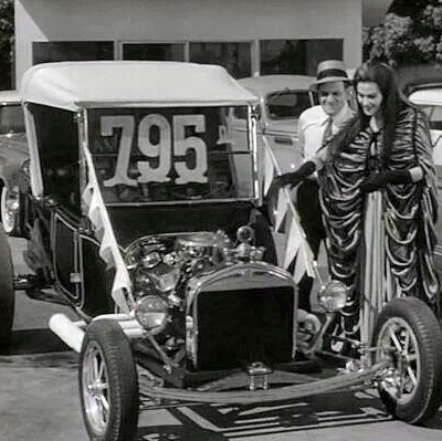 Lilly Munsters Goes Car Shopping, What Was The Munsters Car