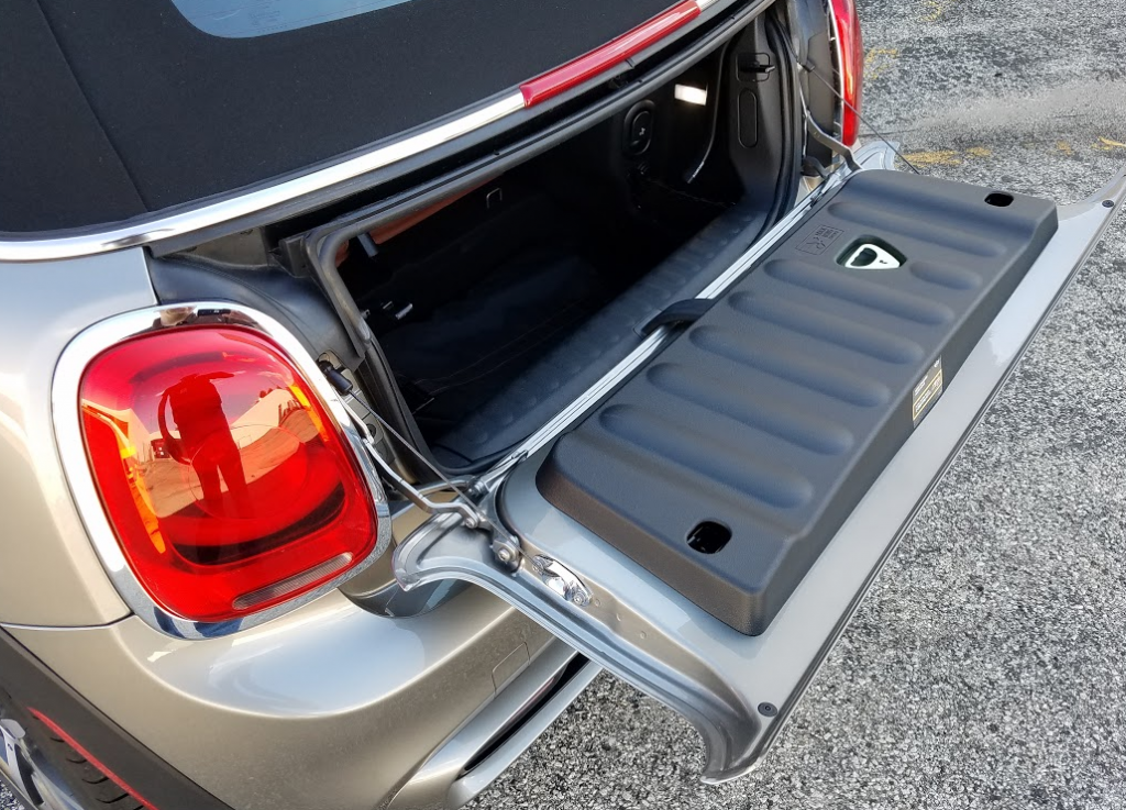 2016 Mini Convertible trunk