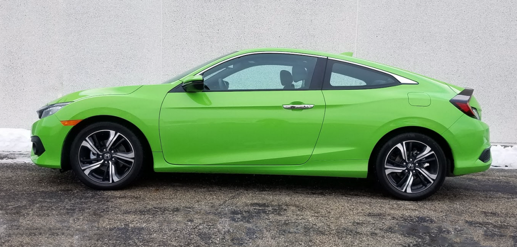 2017 Civic Coupe in Energy Green