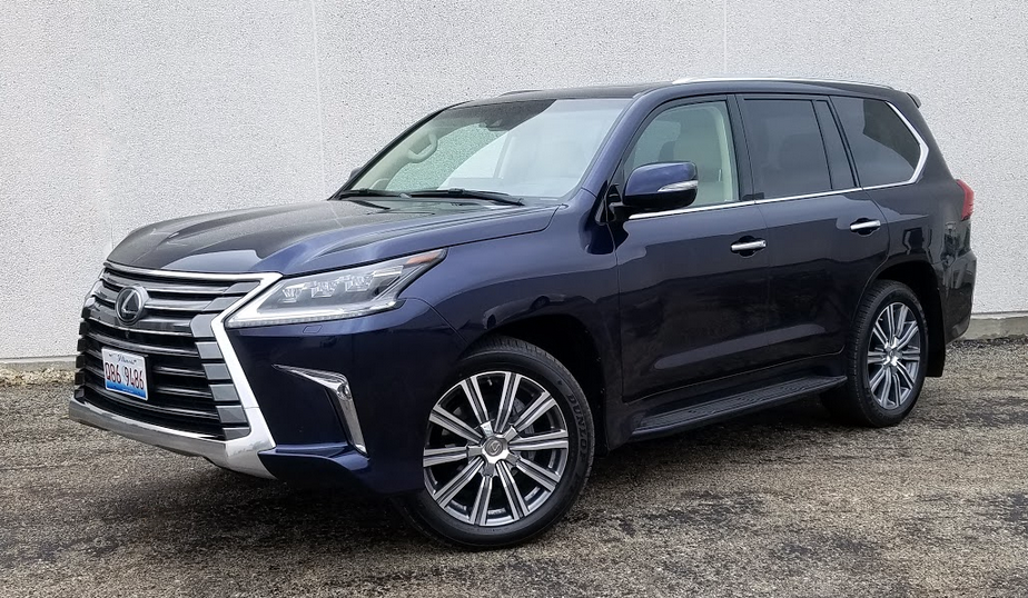 test drive 2017 lexus lx 570 the daily drive consumer guide the daily drive consumer guide. Black Bedroom Furniture Sets. Home Design Ideas