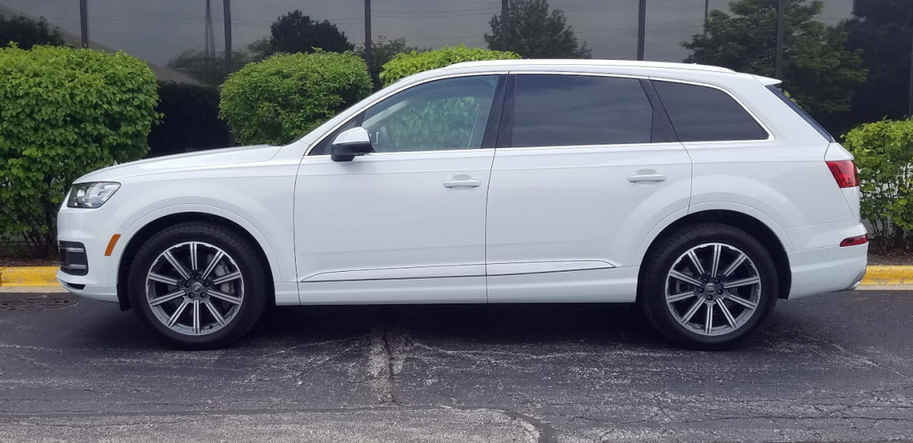 2017 Audi Q7 in Glacier White