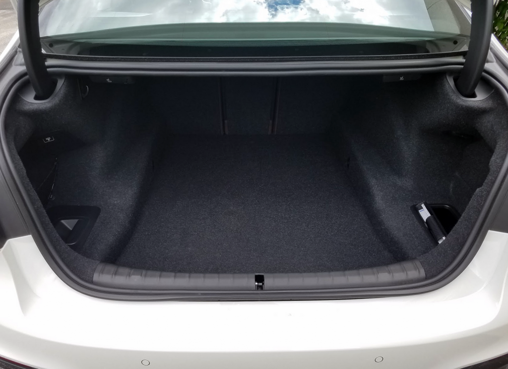 2017 BMW 5-Series Trunk