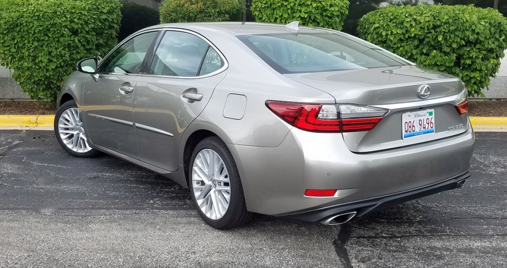 2017 Lexus ES 350 in Atomic Silver