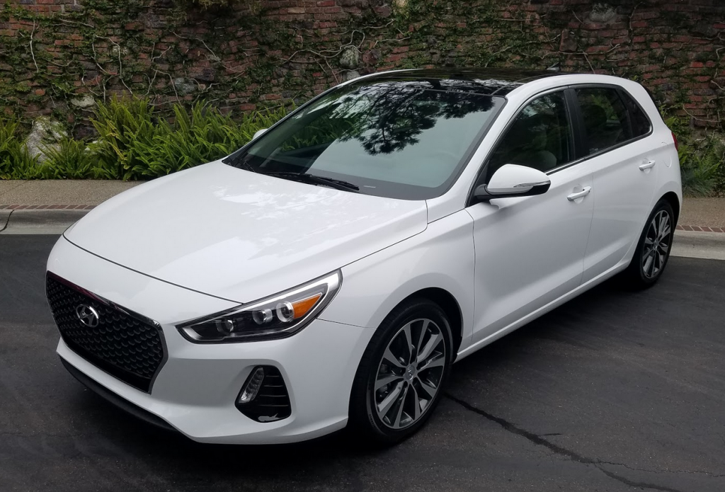 2018 Hyundai Elantra GT, base model