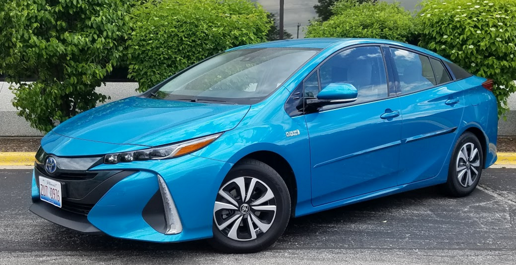 2017 toyota prius prime plus the daily drive consumer guide. Black Bedroom Furniture Sets. Home Design Ideas