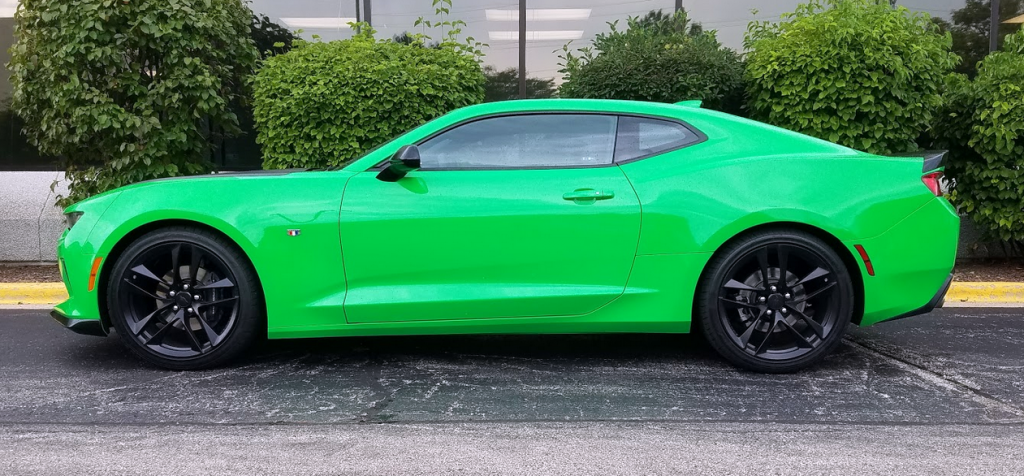 2017 Camaro, profile, Krypton Green