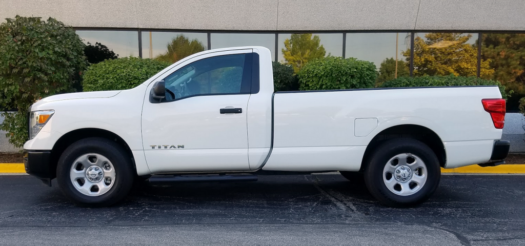 2017 Titan in Glacier White