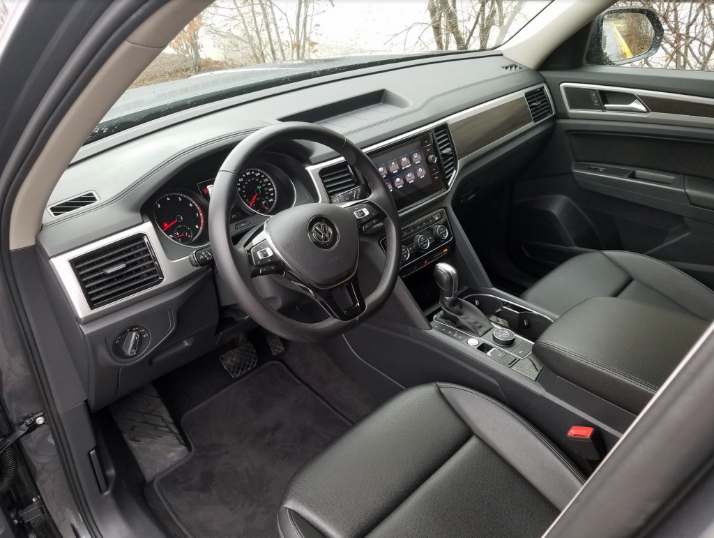 2018 Volkswagen Atlas in Platinum Grey