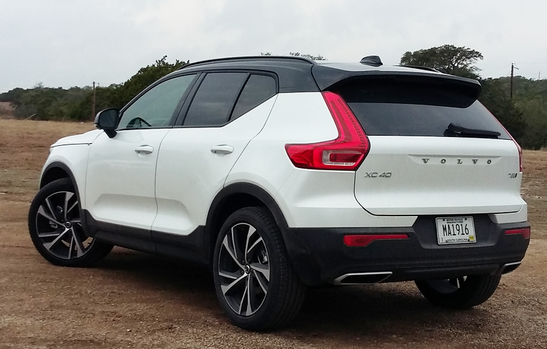 2019 volvo xc40 the daily drive consumer guide. Black Bedroom Furniture Sets. Home Design Ideas