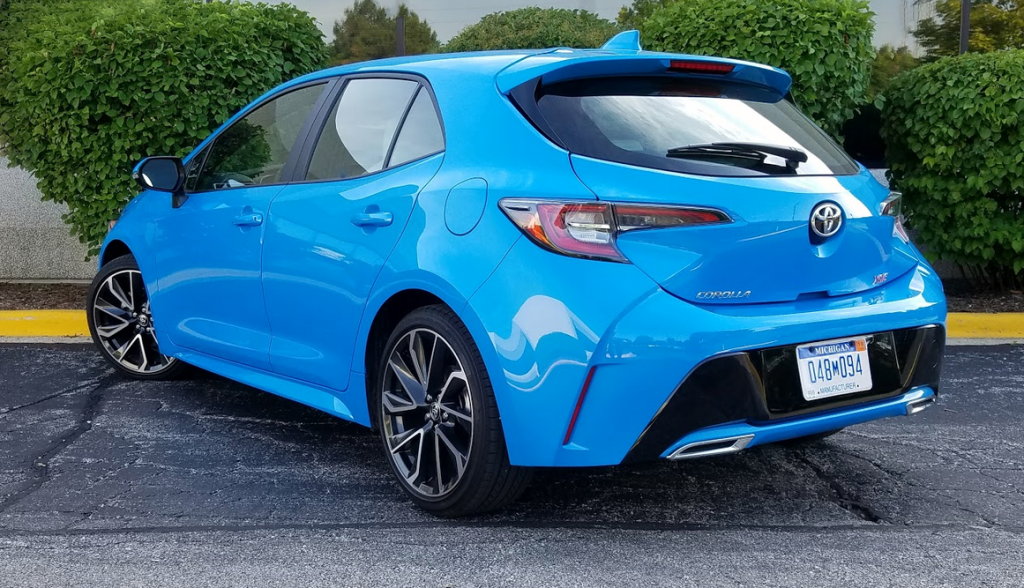 Test Drive 2019 Toyota Corolla Hatchback Xse The Daily Drive
