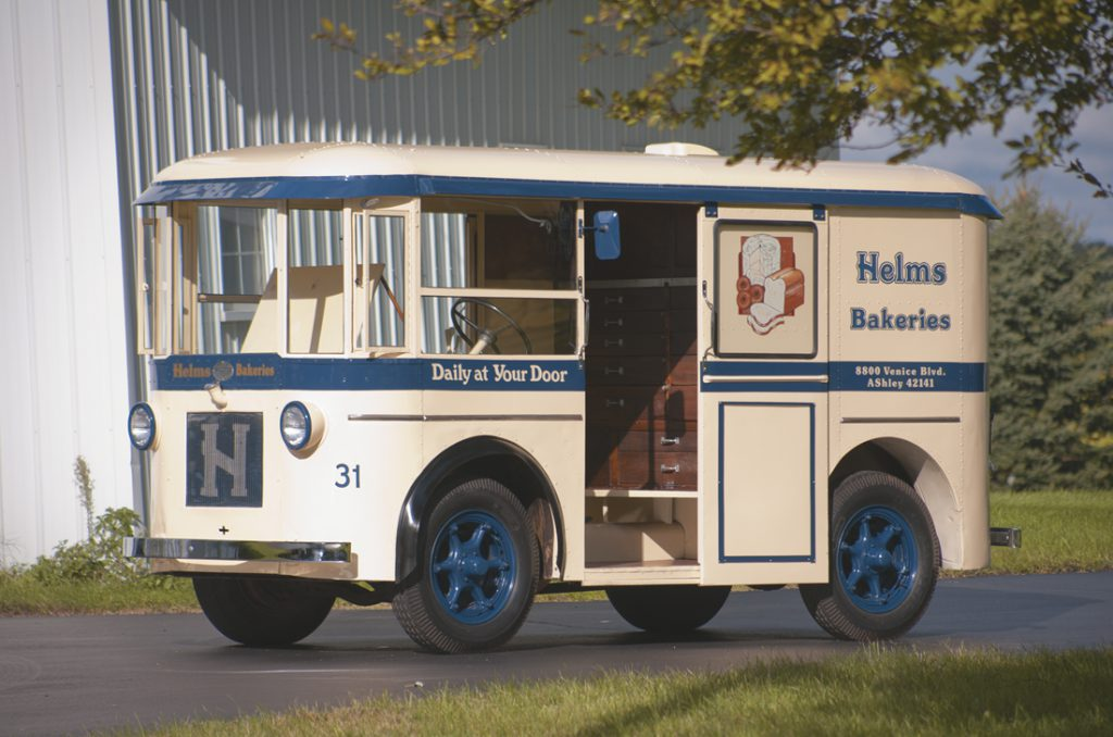 1933 Twin Coach Bakery Truck