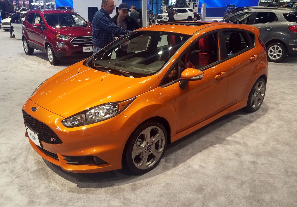 Local Color Unusual Paint Hues At The 2019 Chicago Auto
