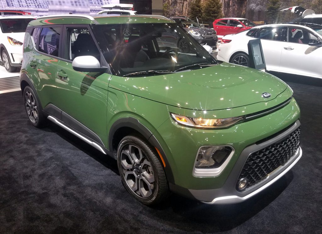 Local Color: Unusual Paint Hues at the 2019 Chicago Auto