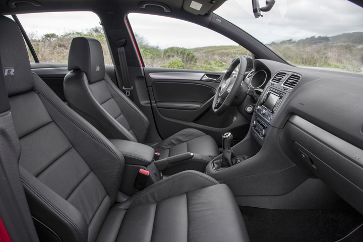 2012 Volkswagen Golf R interior 1