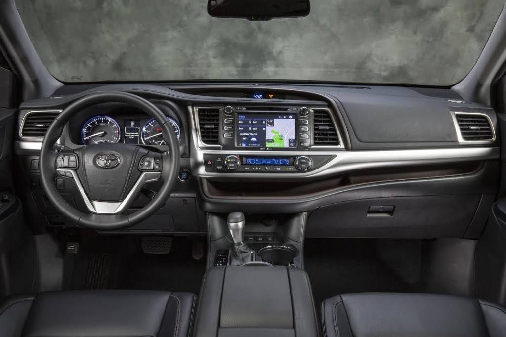 2014 Toyota Highlander Interior.