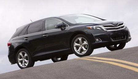 2013_Toyota_Venza_003_43673_2524_low