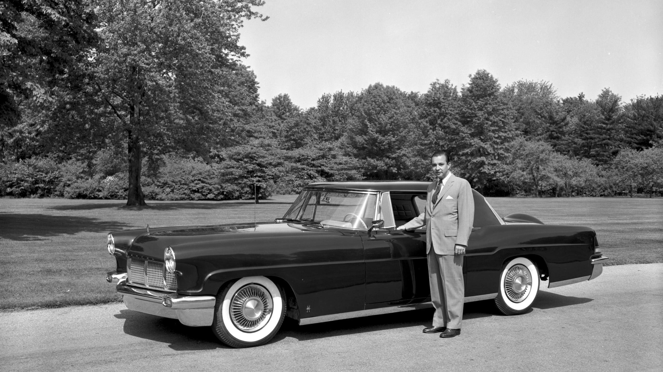 Ford Motor Company Director Emeritus William Clay Ford Dies at Age ...