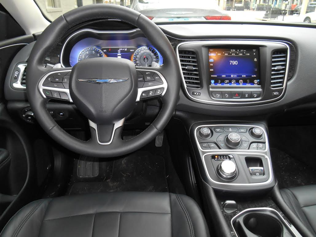 driving the 2015 chrysler 200 it 39 s better but is it a. Black Bedroom Furniture Sets. Home Design Ideas