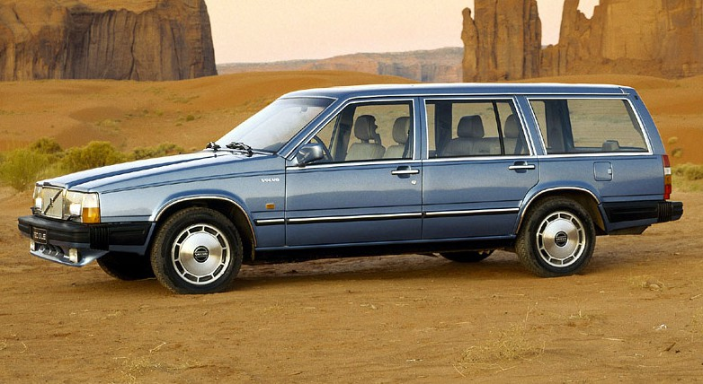 volvo-760-turbo-wagon-03