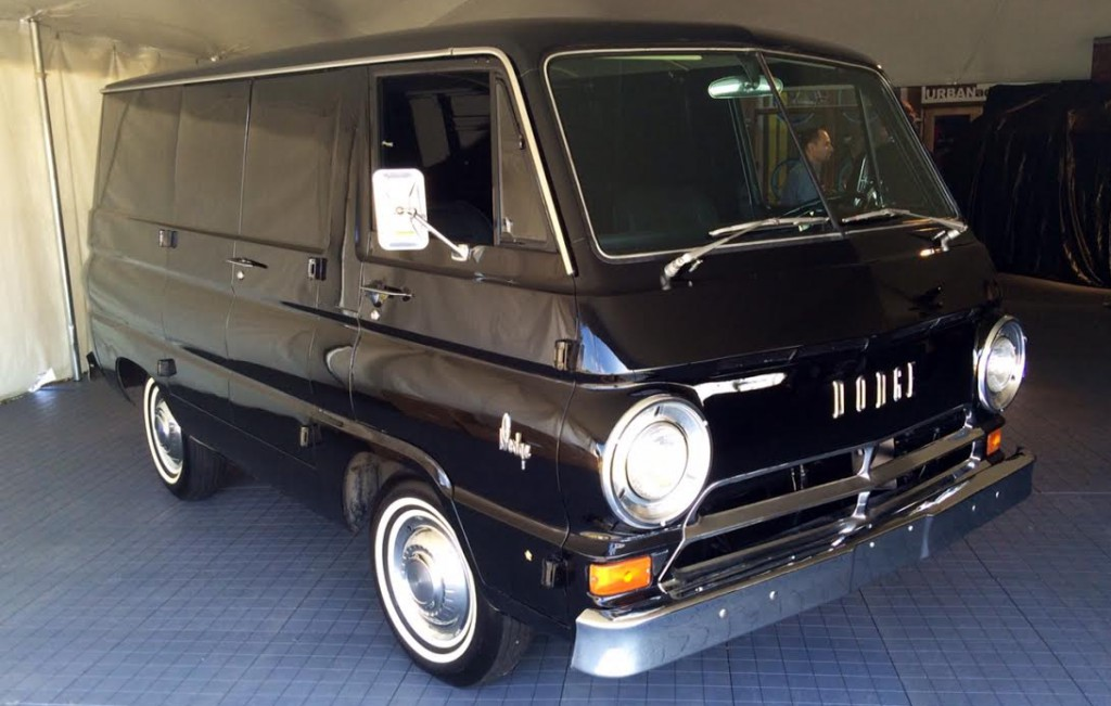 Cargo Clash! '64 Dodge A100 vs. '15 Ram ProMaster City | The Daily