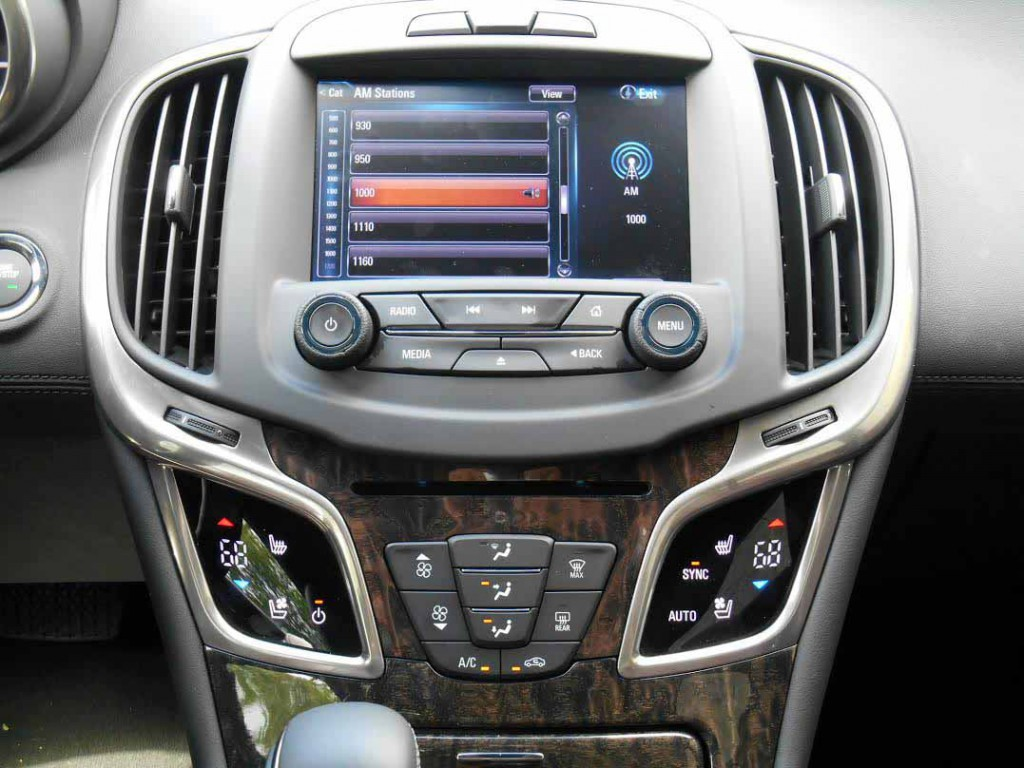 2015 Buick LaCrosse Center Stack