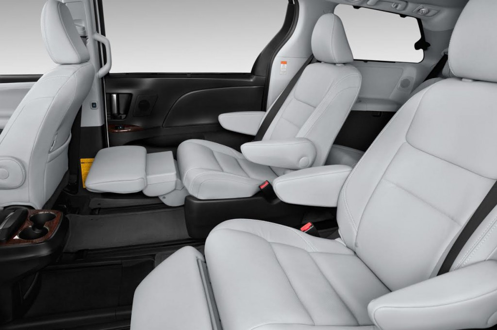 2015 Toyota Sienna lounge chairs