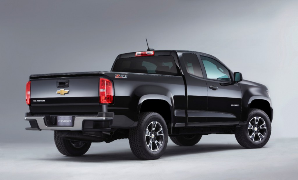 2015 Chevrolet Colorado (rear view)