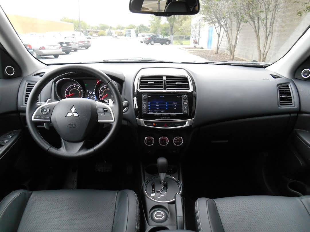 gt the capsule s truth awc review se dash mitsubishi outlander