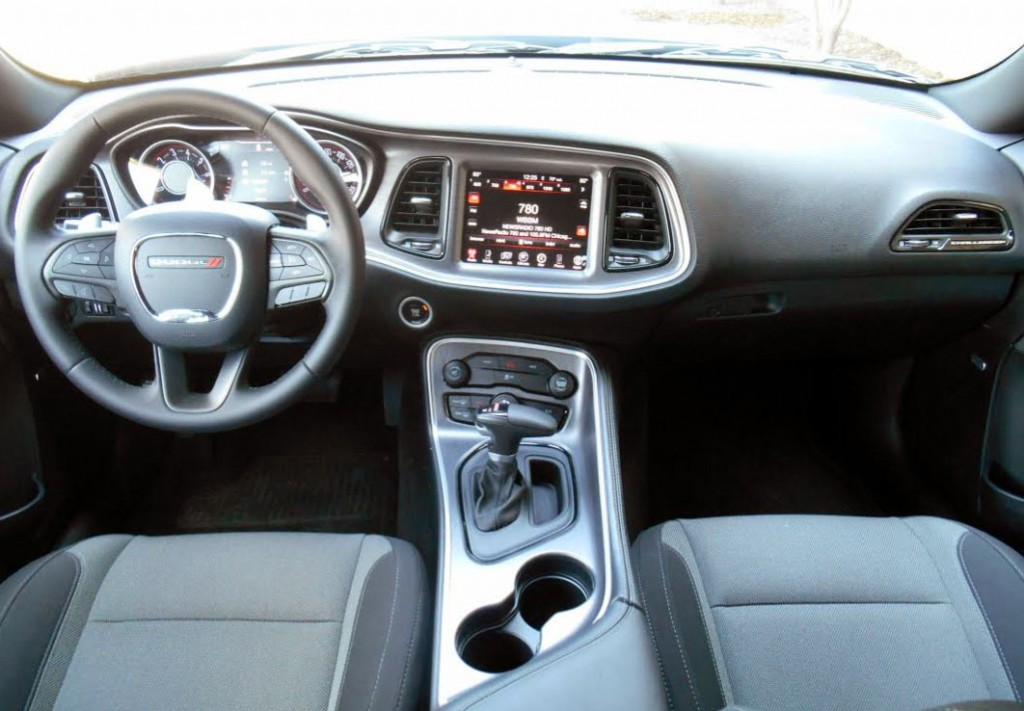 Test Drive 2015 Dodge Challenger Sxt The Daily Drive Consumer