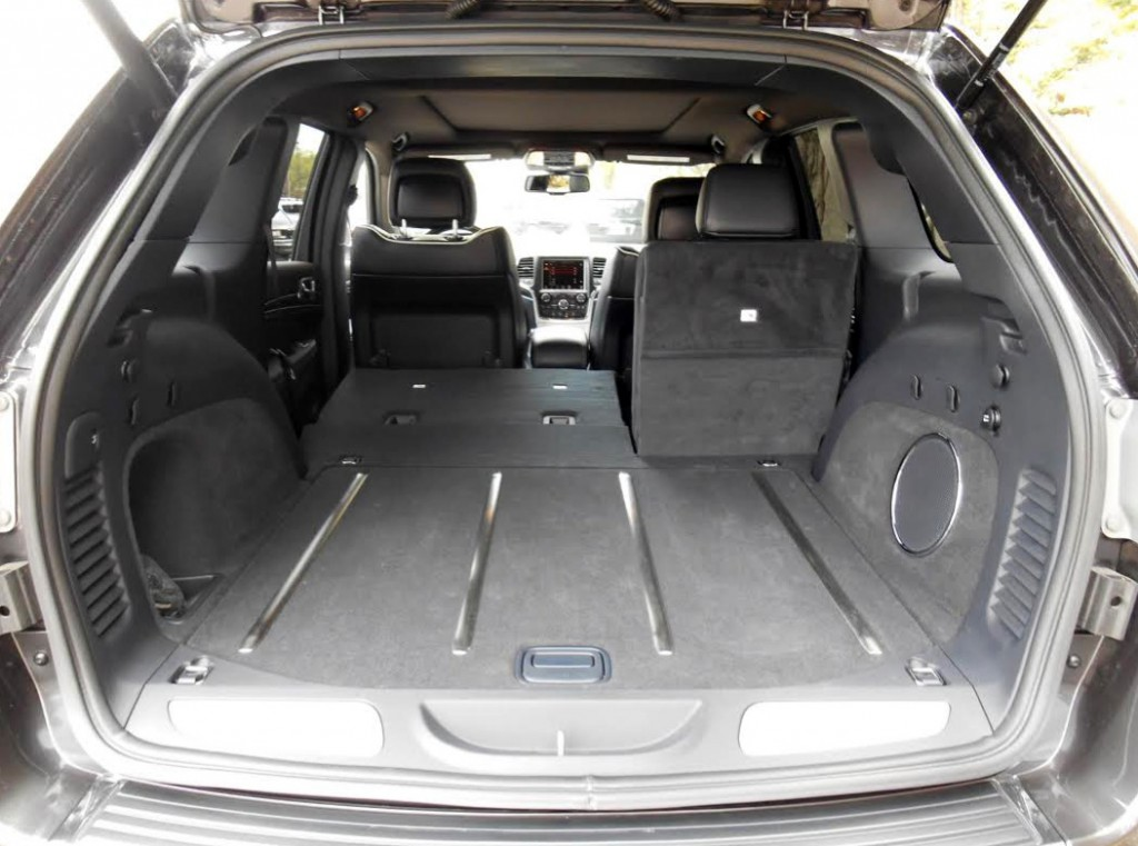 2014 Jeep Grand Cherokee Cargo Area