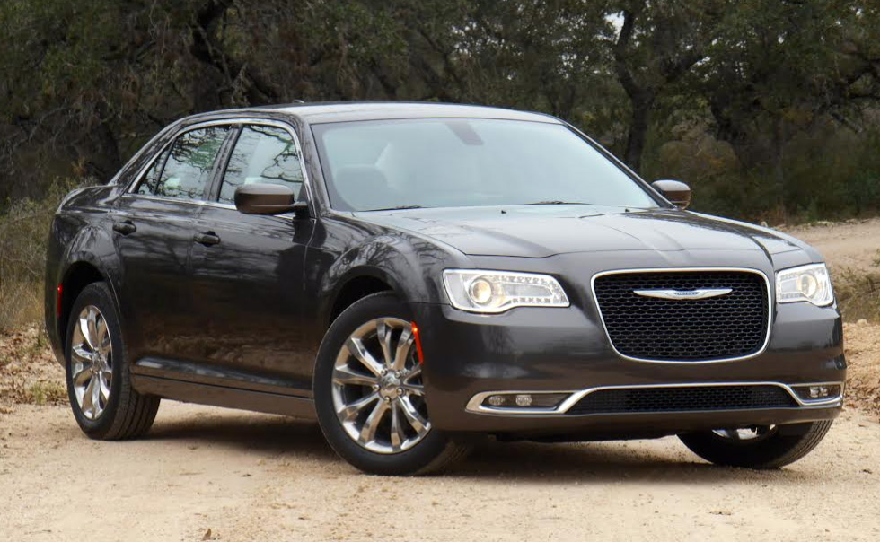car southeast used limited at detail limitedrwd serving agency rwd chrysler