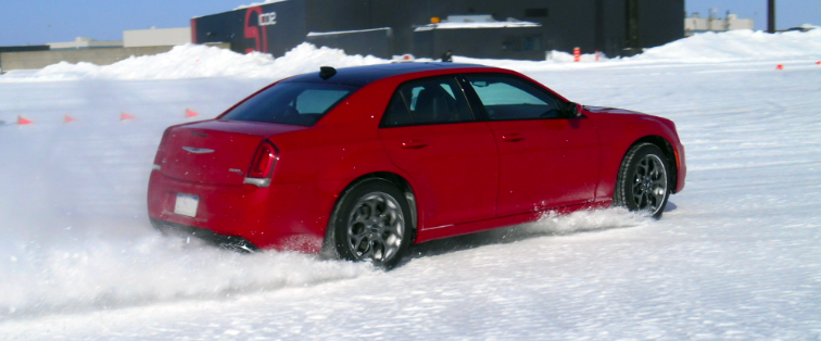 Chrysler 300 AWD, Chryslers in Snow