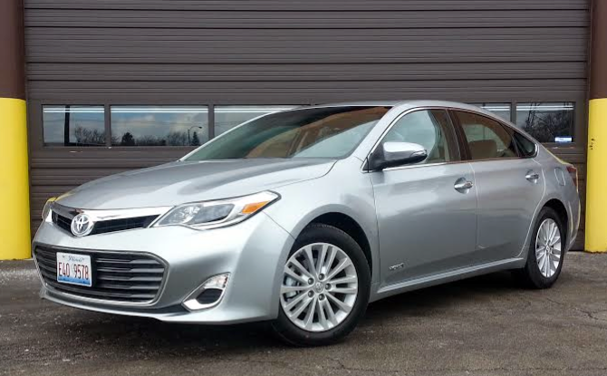 test drive 2015 toyota avalon hybrid the daily drive consumer guide the daily drive. Black Bedroom Furniture Sets. Home Design Ideas