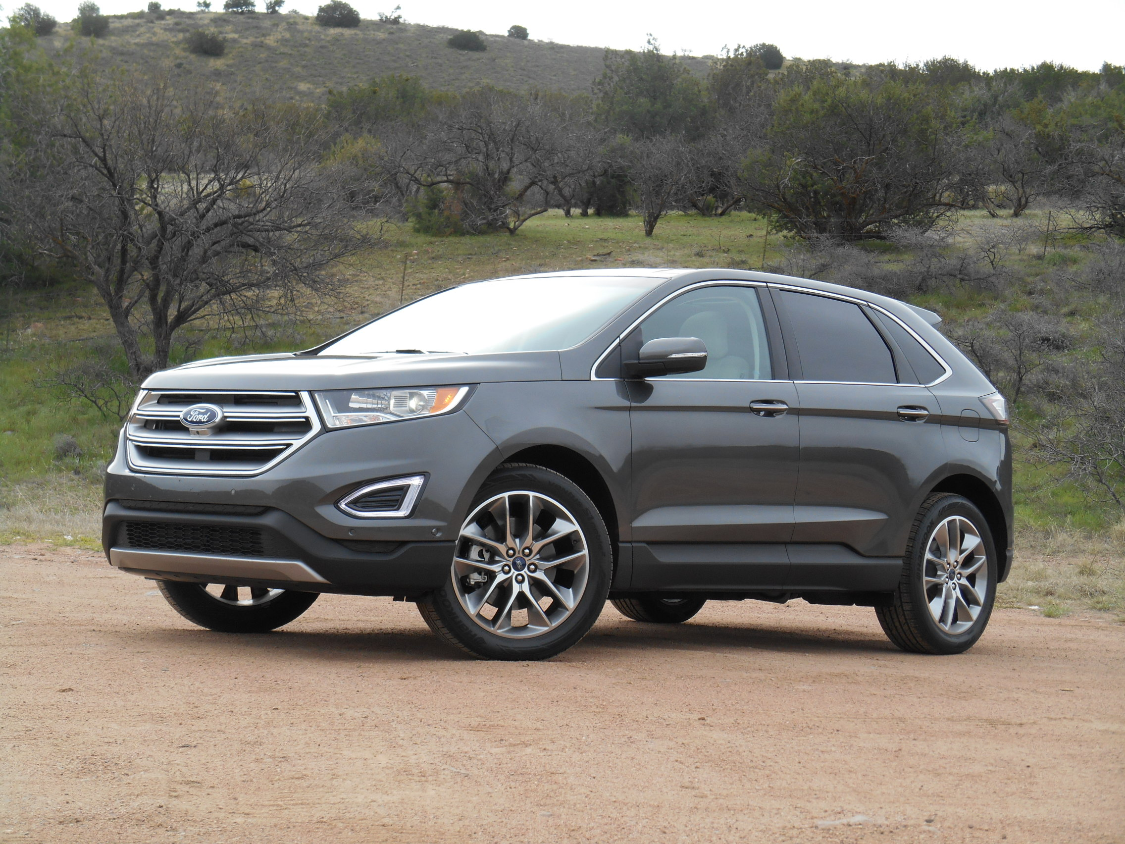 first spin 2015 ford edge the daily drive consumer. Black Bedroom Furniture Sets. Home Design Ideas