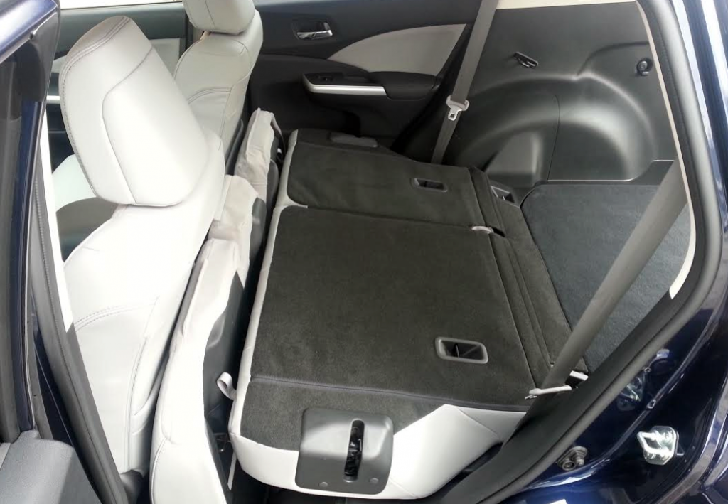 Honda CR-V rear seat, 2015