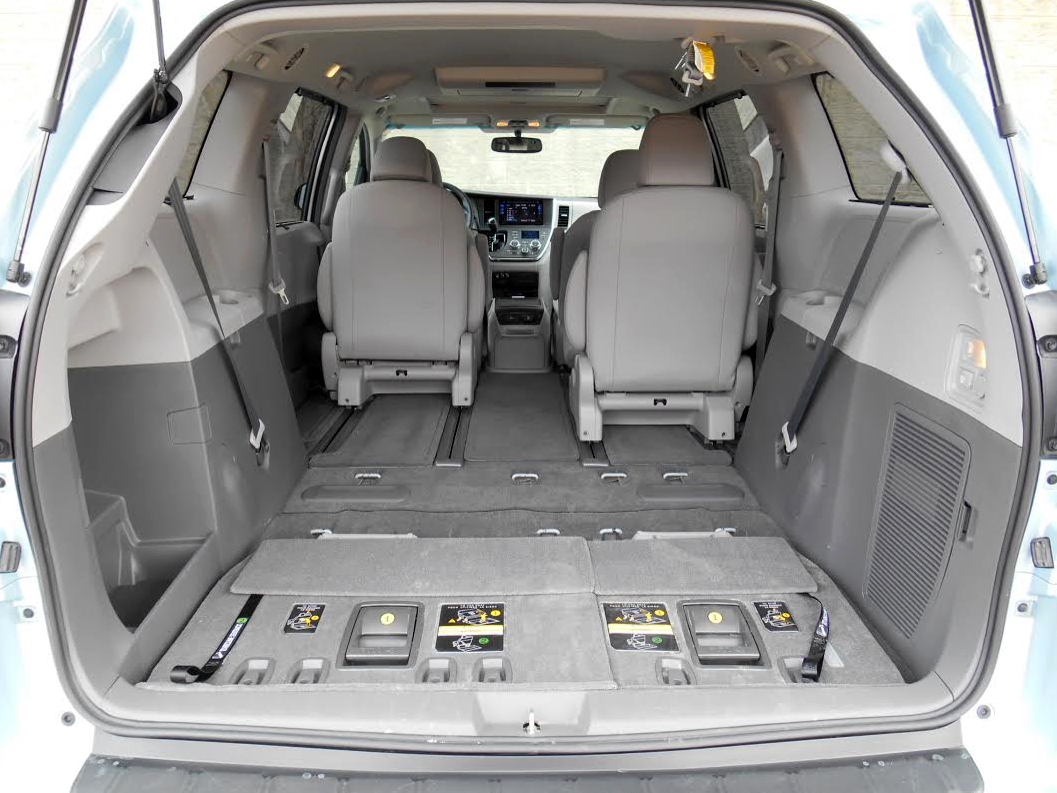 interior cargo dimensions toyota sienna. Black Bedroom Furniture Sets. Home Design Ideas
