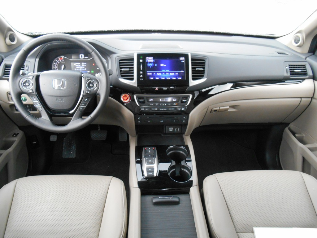 first spin 2016 honda pilot the daily drive consumer. Black Bedroom Furniture Sets. Home Design Ideas