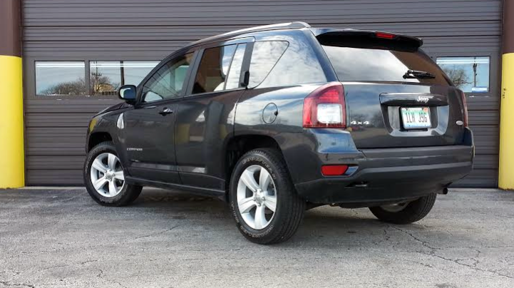 Jeep Compass (rear view)