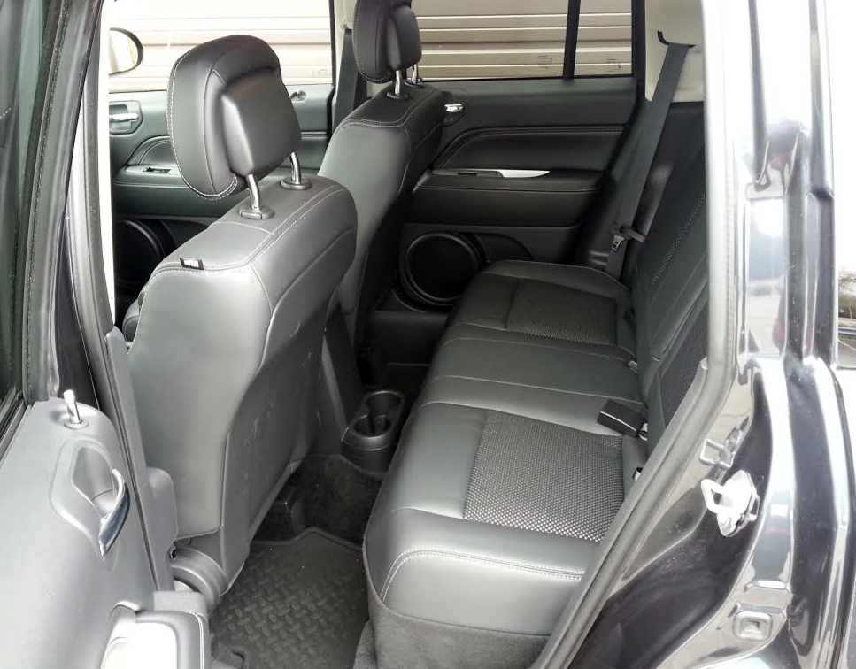 Jeep Compass (cabin)