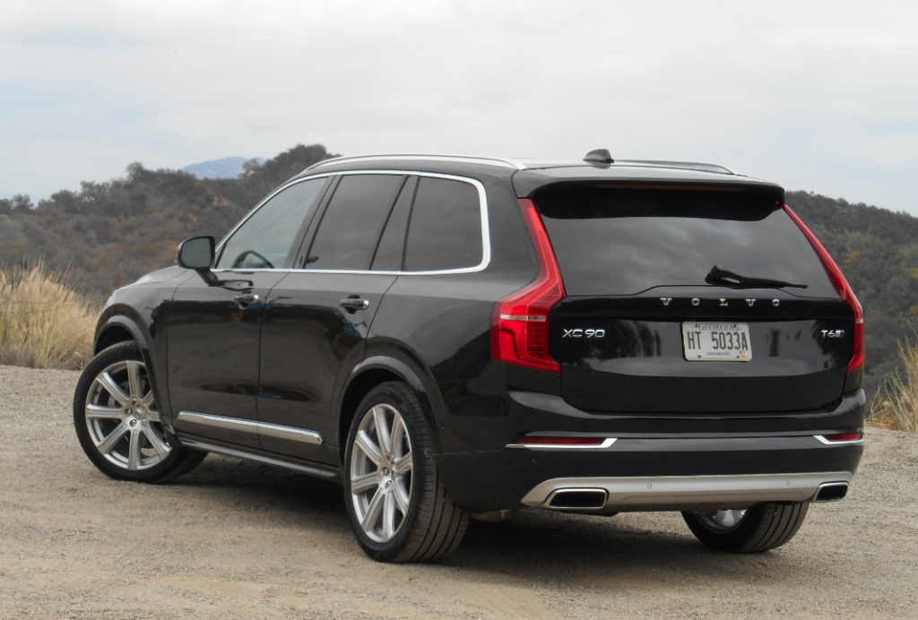 Xc90 Retains 7 Penger Seating But The T6 Version That Goes On This Summer Trades Its Former 240 Horse Inline Six For A 316 Hp Turbocharged And