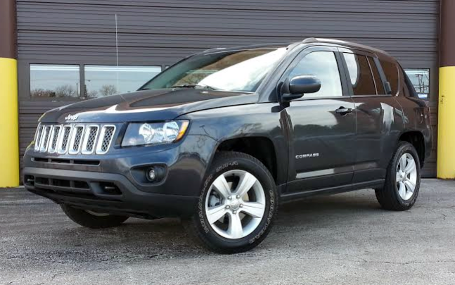 test drive 2015 jeep compass latitude the daily drive. Black Bedroom Furniture Sets. Home Design Ideas