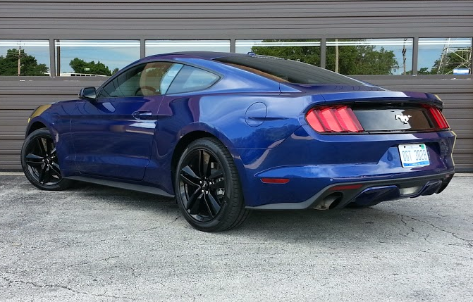 2015 Mustang rear view, blue